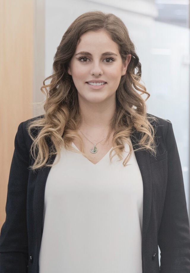 María Del Toro Niebla